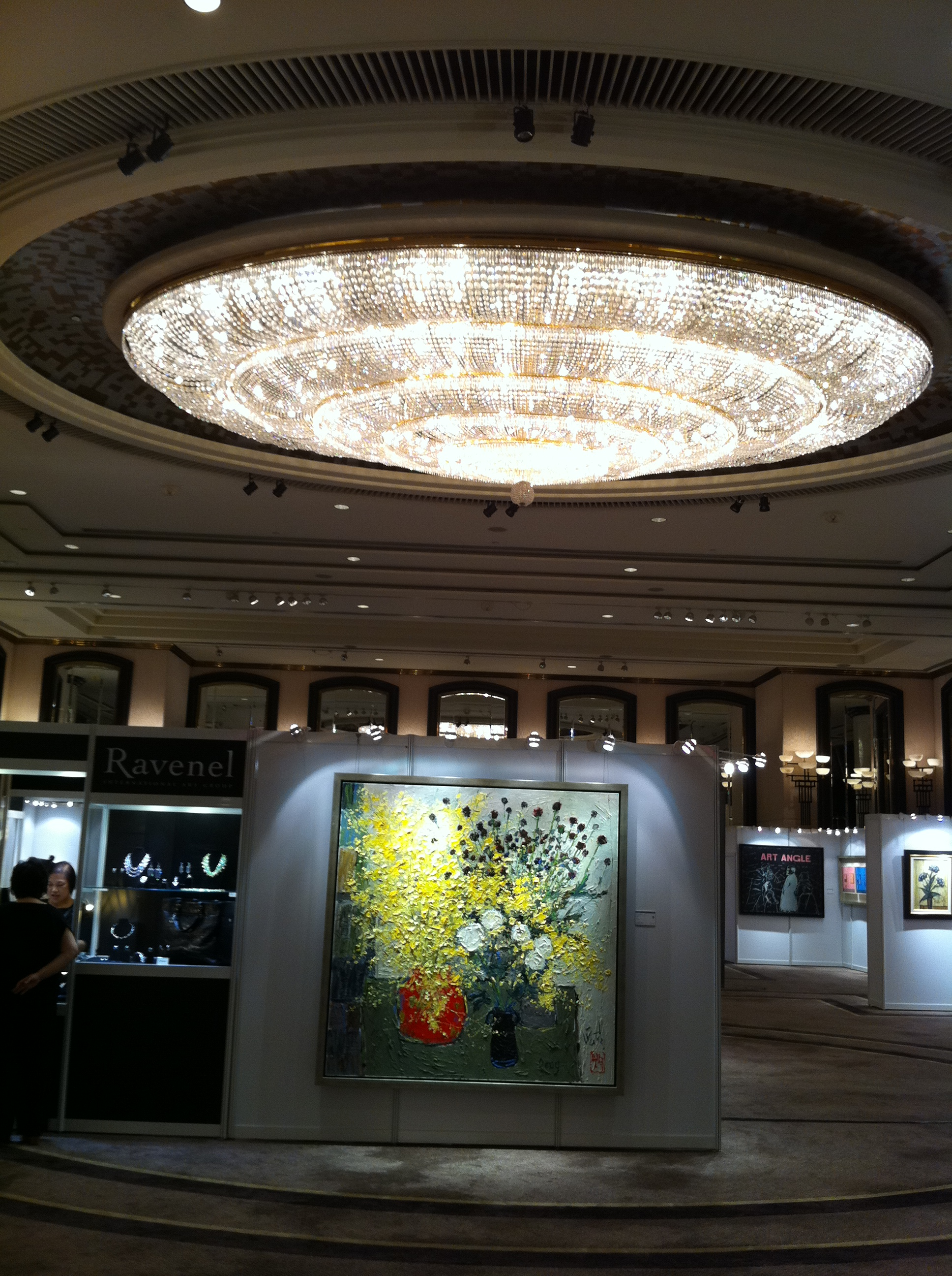 description hk wan chai ravanel auction preview grand hyatt hong kong