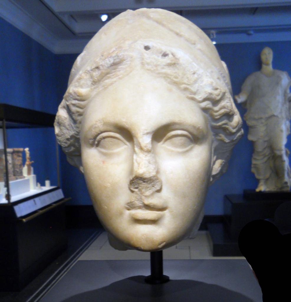 Description Head of Athena Getty Villa.jpg
