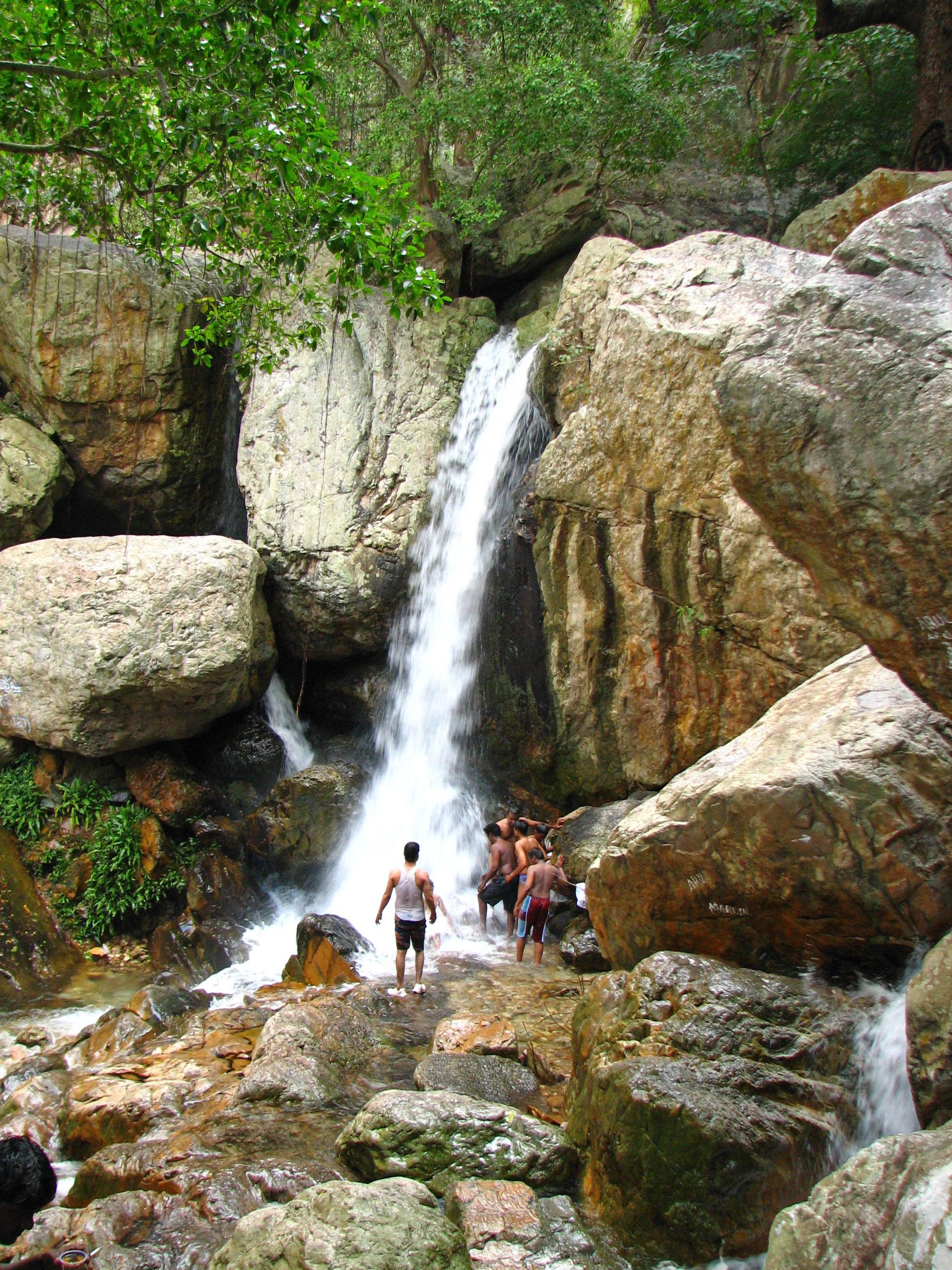 5 Best Waterfall Treks In India (2020) 2