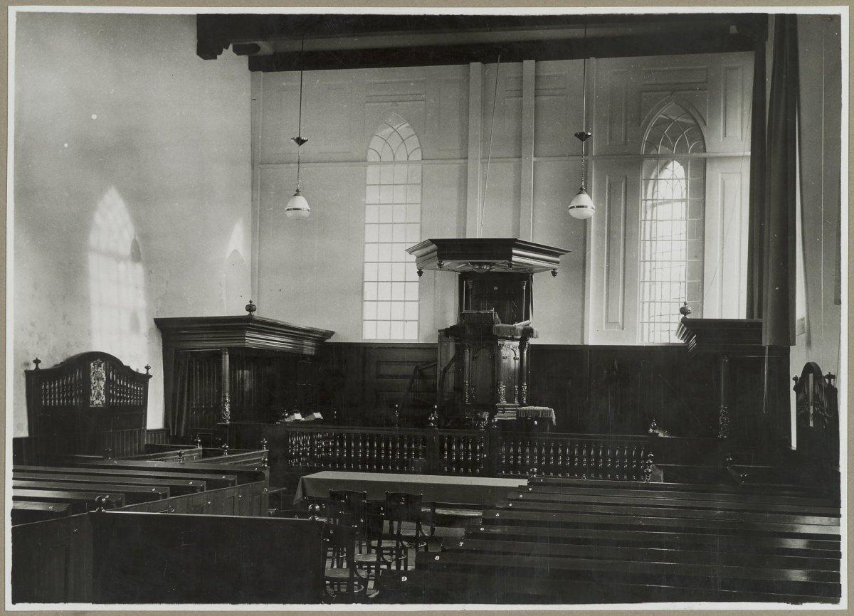 fileinterieur hervormde kerk anjum 20319403 rcejpg