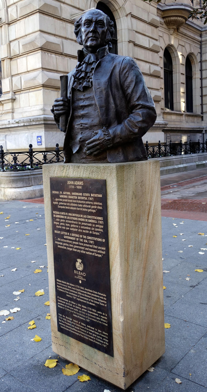 John Adams-en eskultura Bilbon
