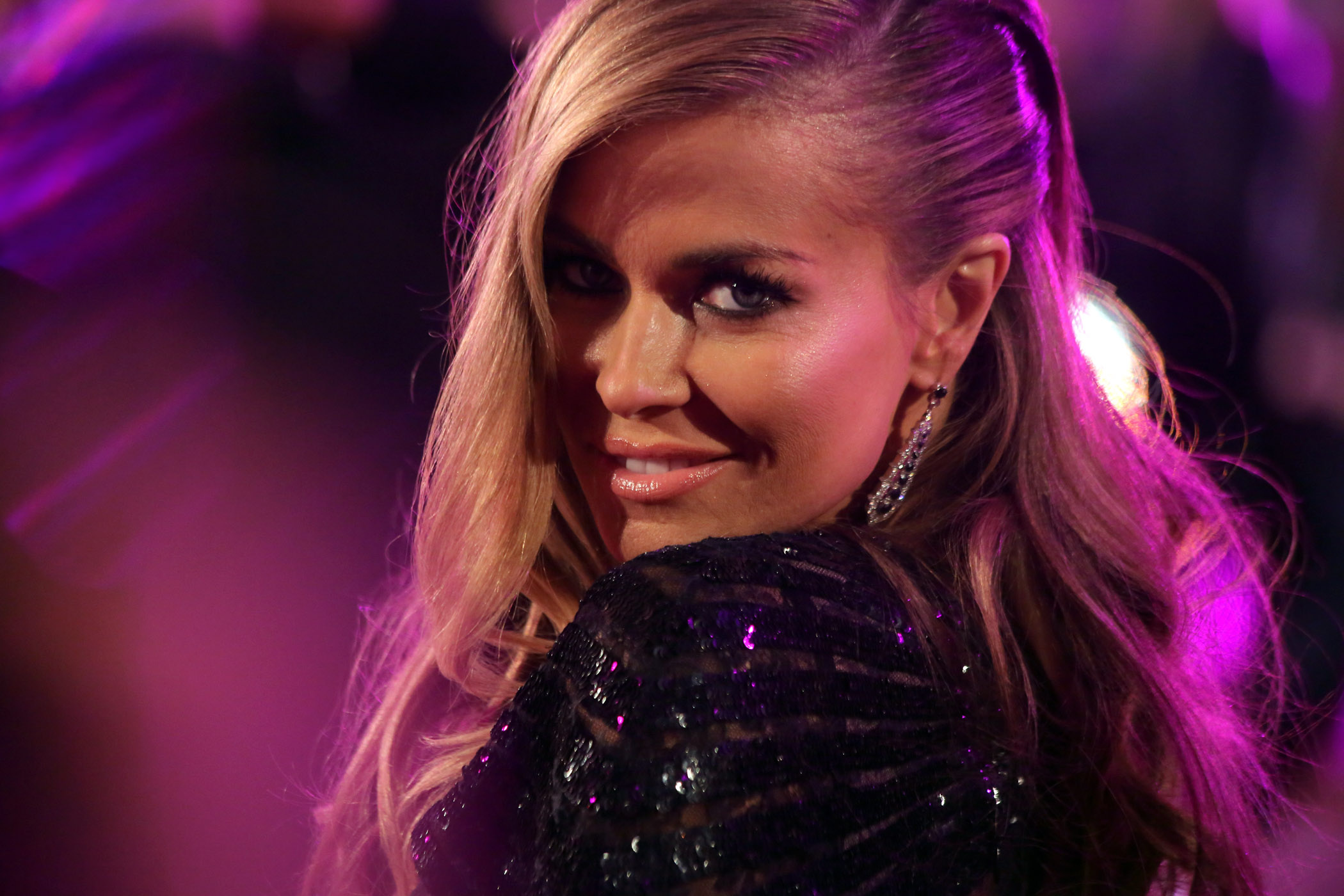 Description Life Ball 2013 - magenta carpet Carmen Electra 05.jpg