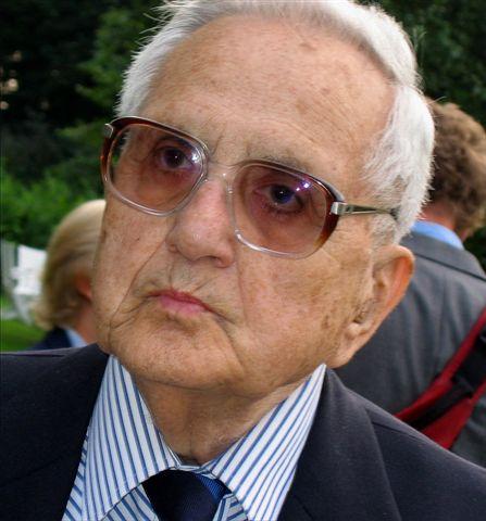 Lucjan Wolanowski <br> Warsaw (Poland), September, 2004