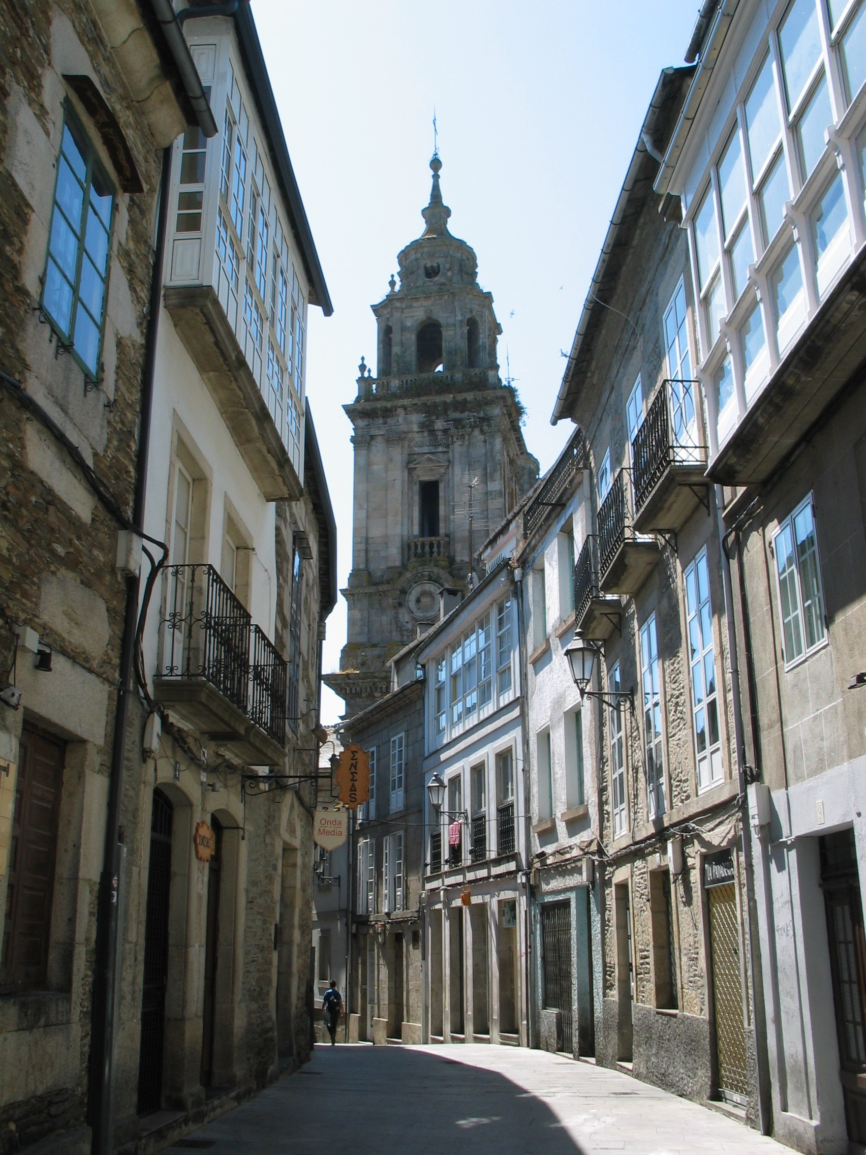 File lugo casco viejo jpg wikimedia commons - Casco antiguo de girona ...