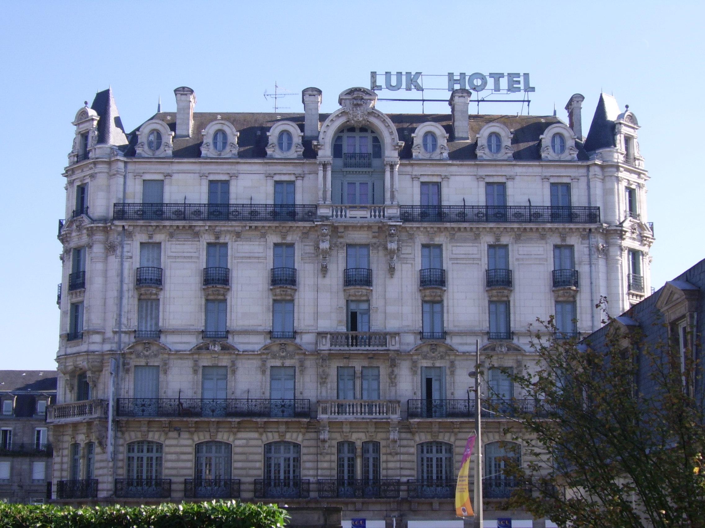 Hotel Portes De Sologne