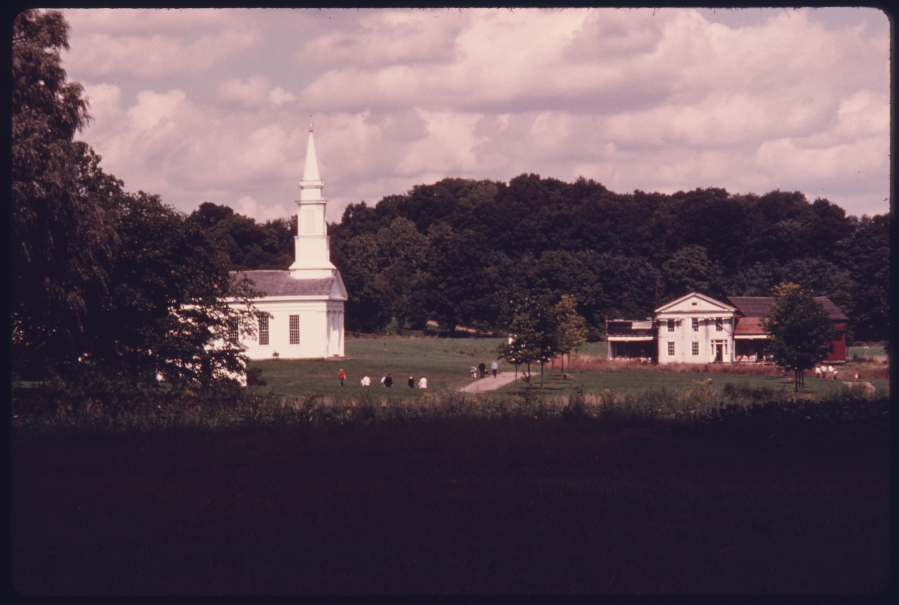 Meeting House On The Green At The Left In The Hale Farm And Western Reserve Village Near Akron C Ohio The Structure Nara