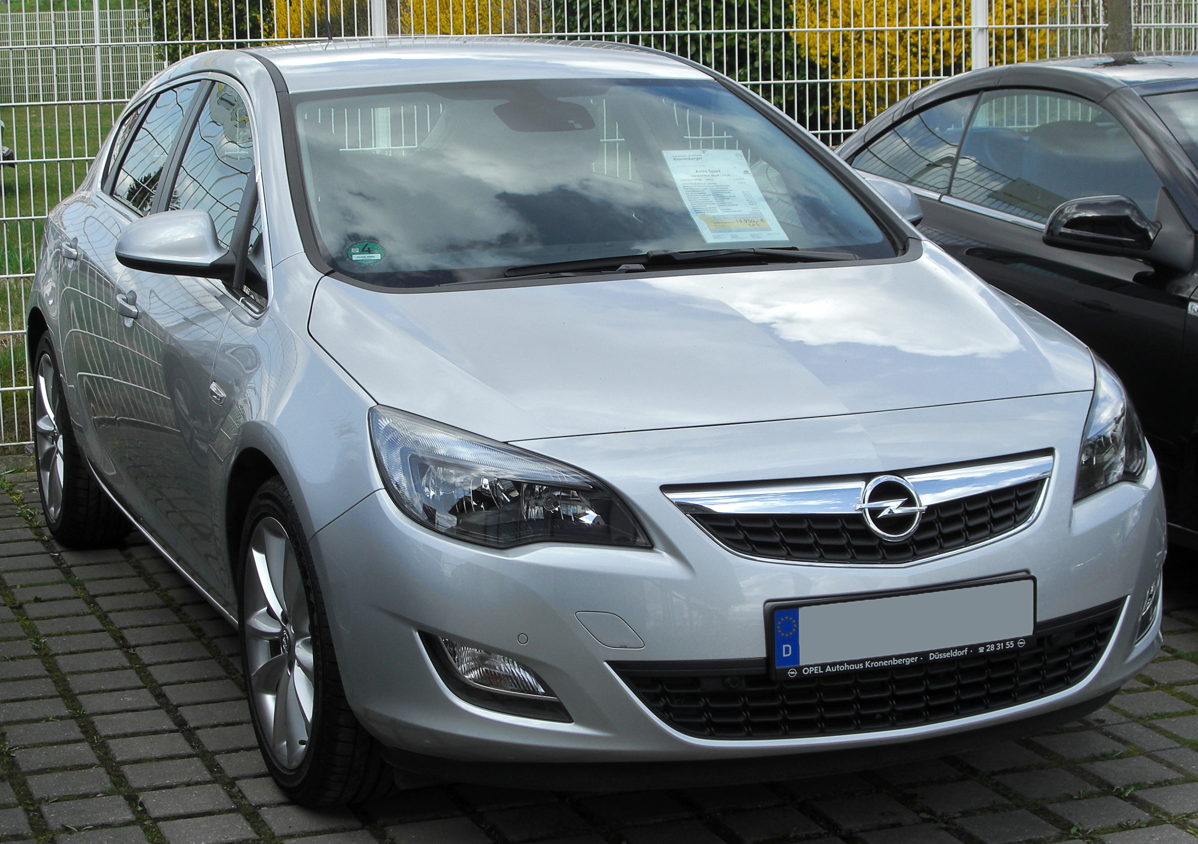 File Opel Astra J Front 20100402 Jpg Wikimedia Commons