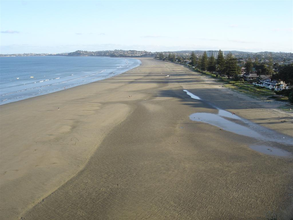 File:Orewa Beach.JPG - Wikipedia Beach