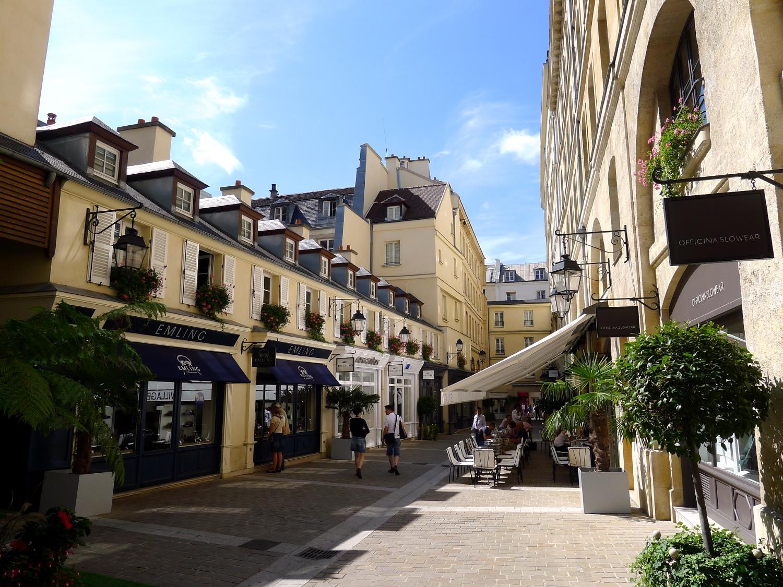 Hotel Les Pavillons Paris