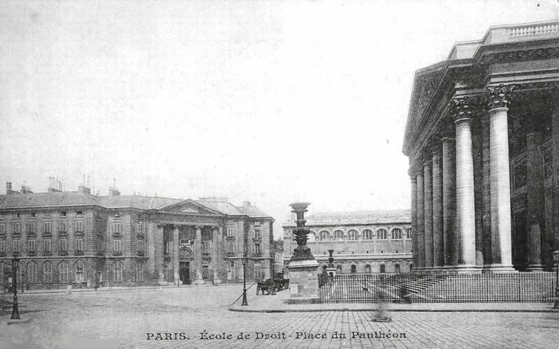 Sorbonne postcard [Public domain], via Wikimedia Commons