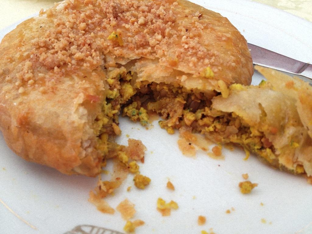 Pastilla au poulet, plat typique de Fès au Maroc - Photo de Drea de Vancouver.