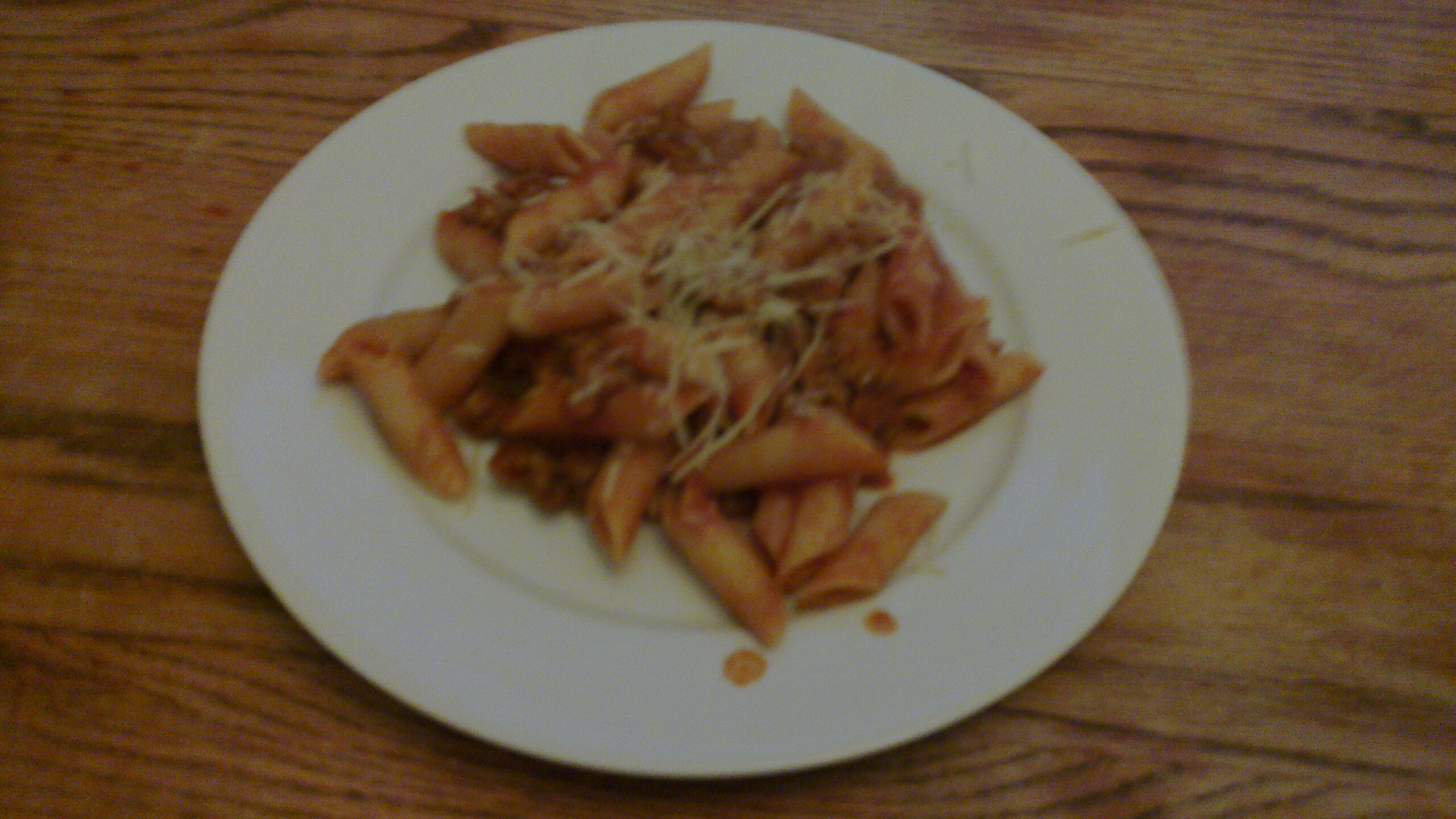 File:Plated penne pasta with hearty meat sauce.jpg - Wikimedia Commons