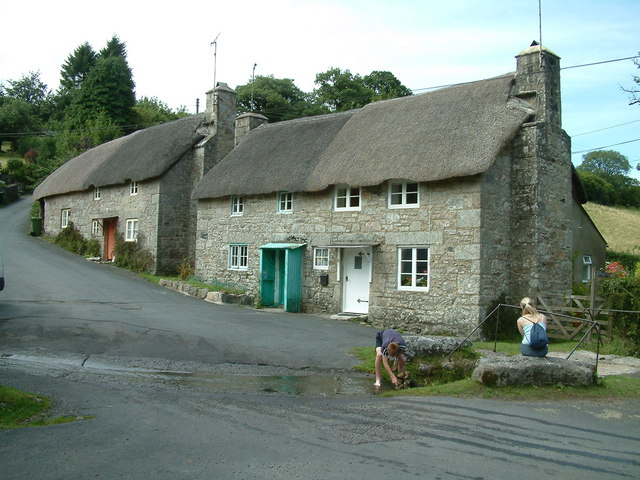 File Ponsworthy Old Cottages Jpg Wikimedia Commons