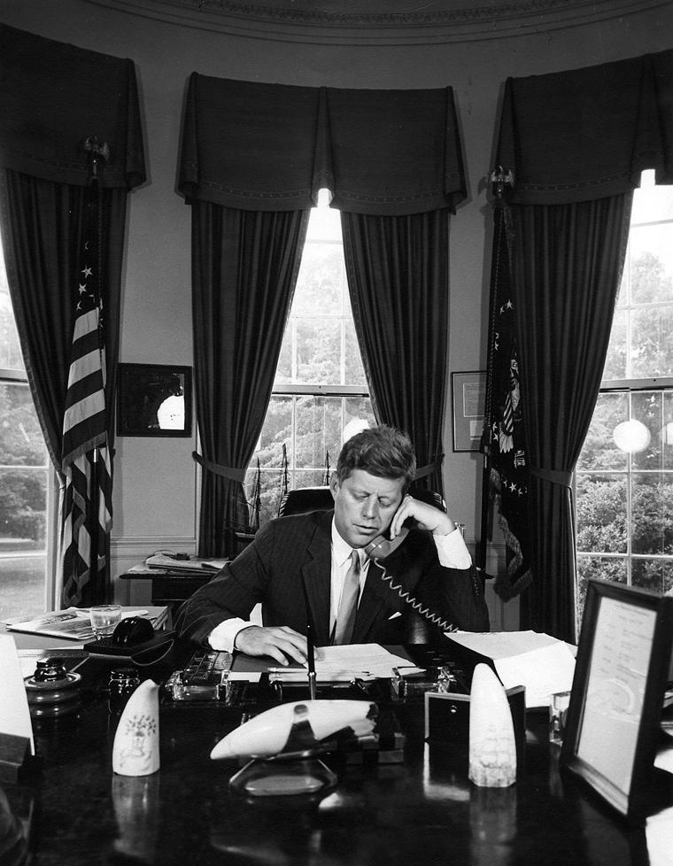 File:President Kennedy addresses AMVETS, 23 August 1962
