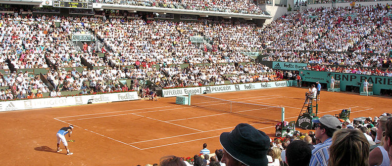 Rafael Nadal and Roger Federer at the 2006 French Open trim.jpg