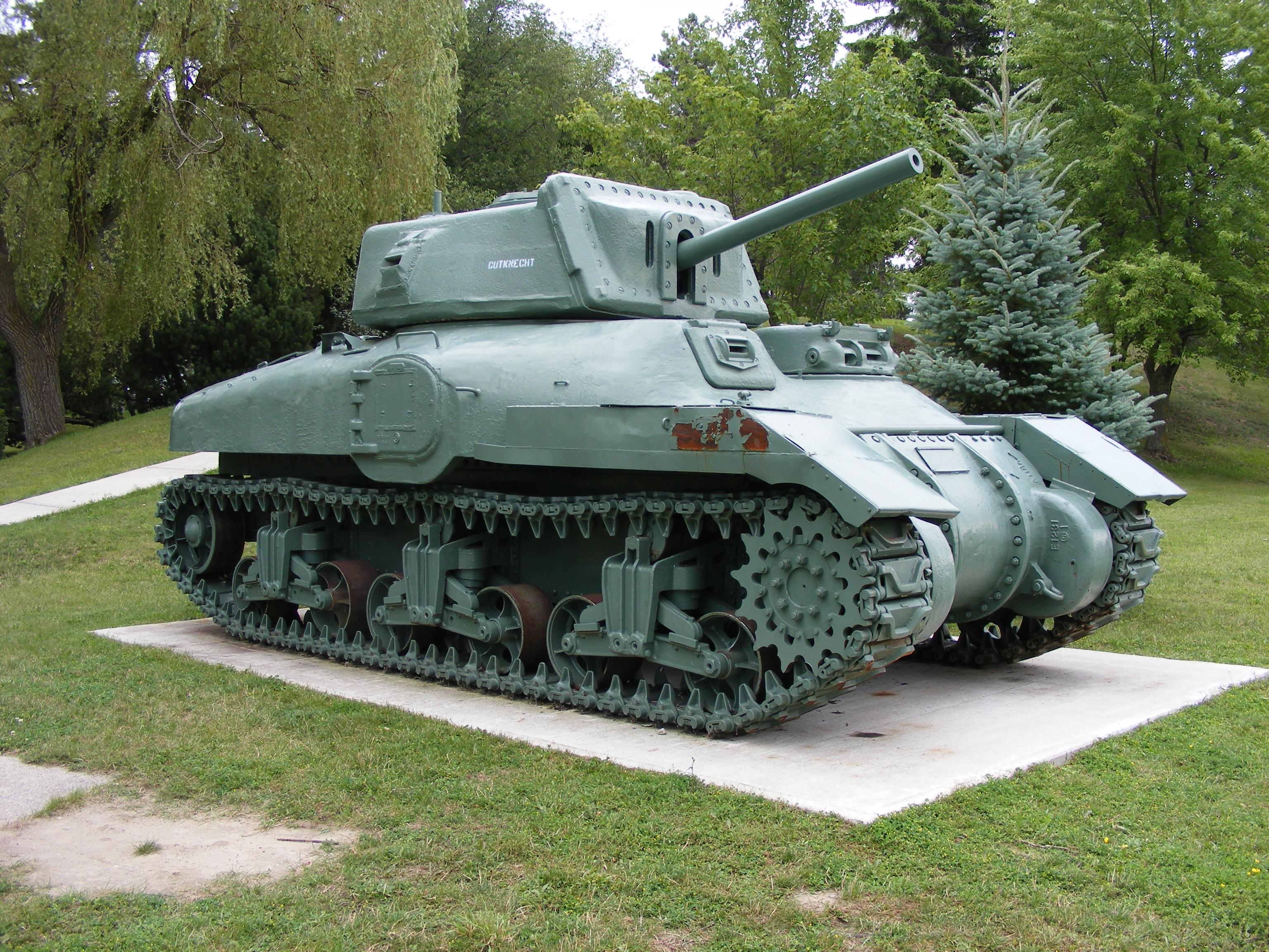 German 50 Mm Anti Tank Gun: File:Ram Tank CFB Borden 2009 3.jpg