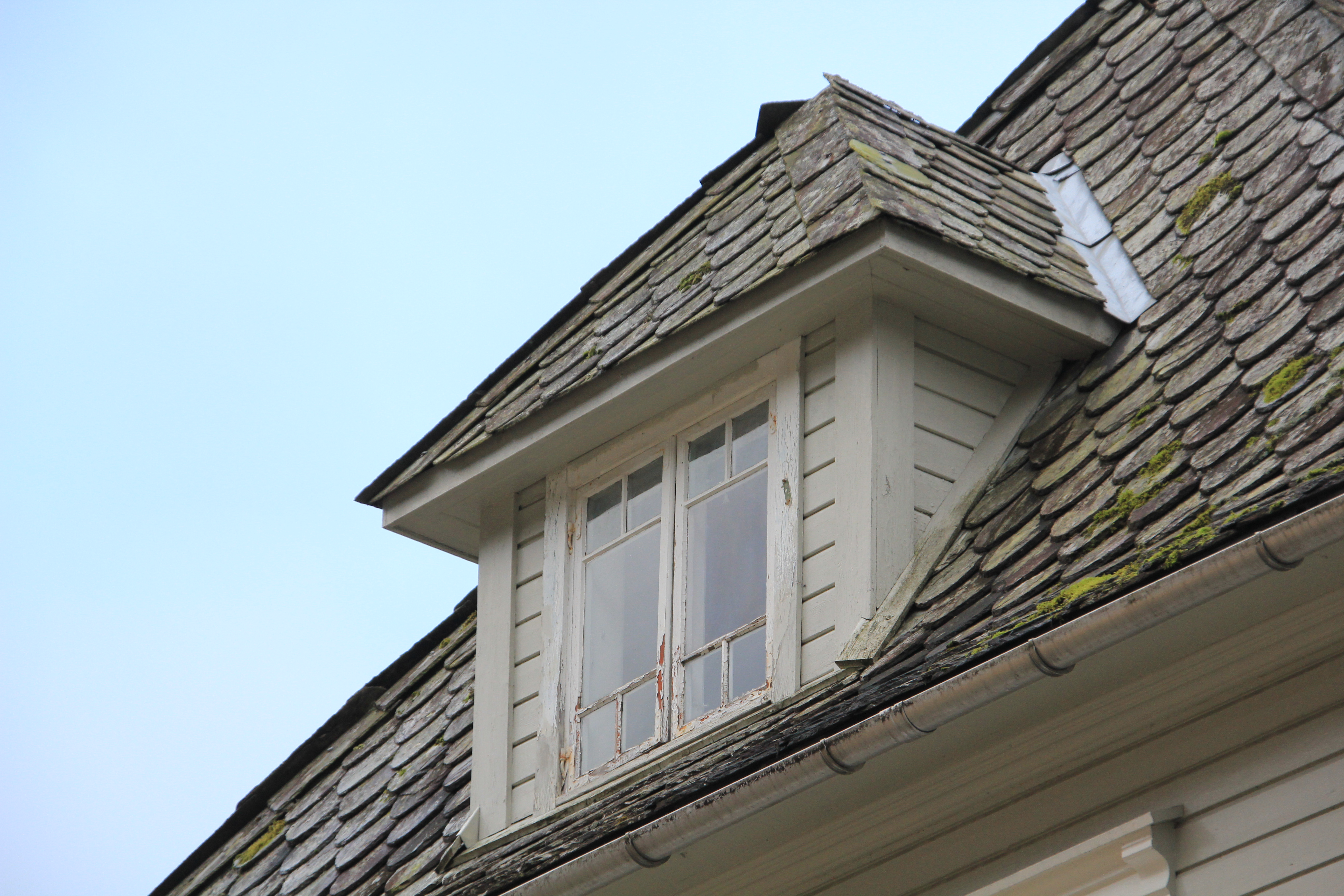 File Roof Window At