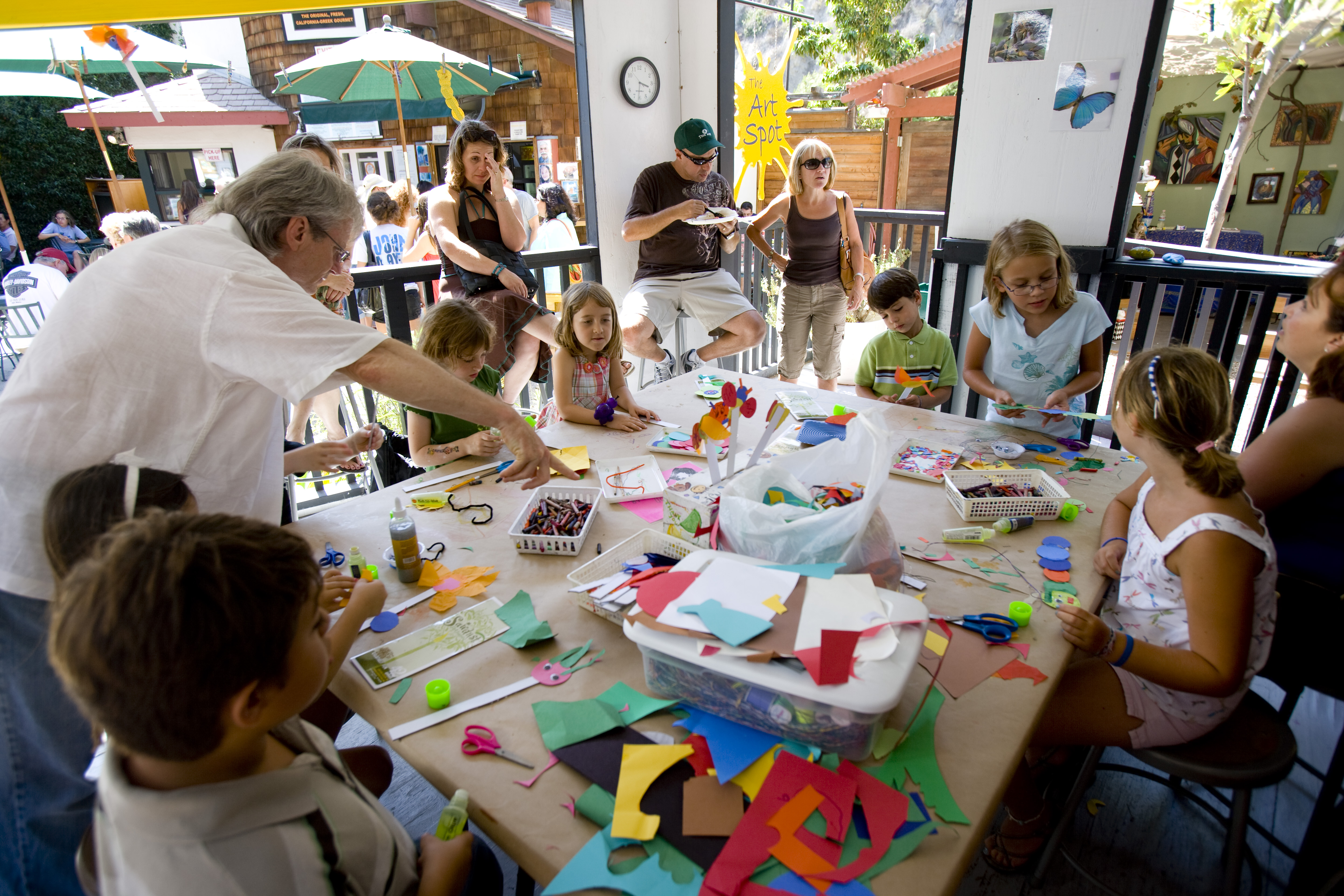 Kids Drawing Classes Near Metropolitan Avenue Queens