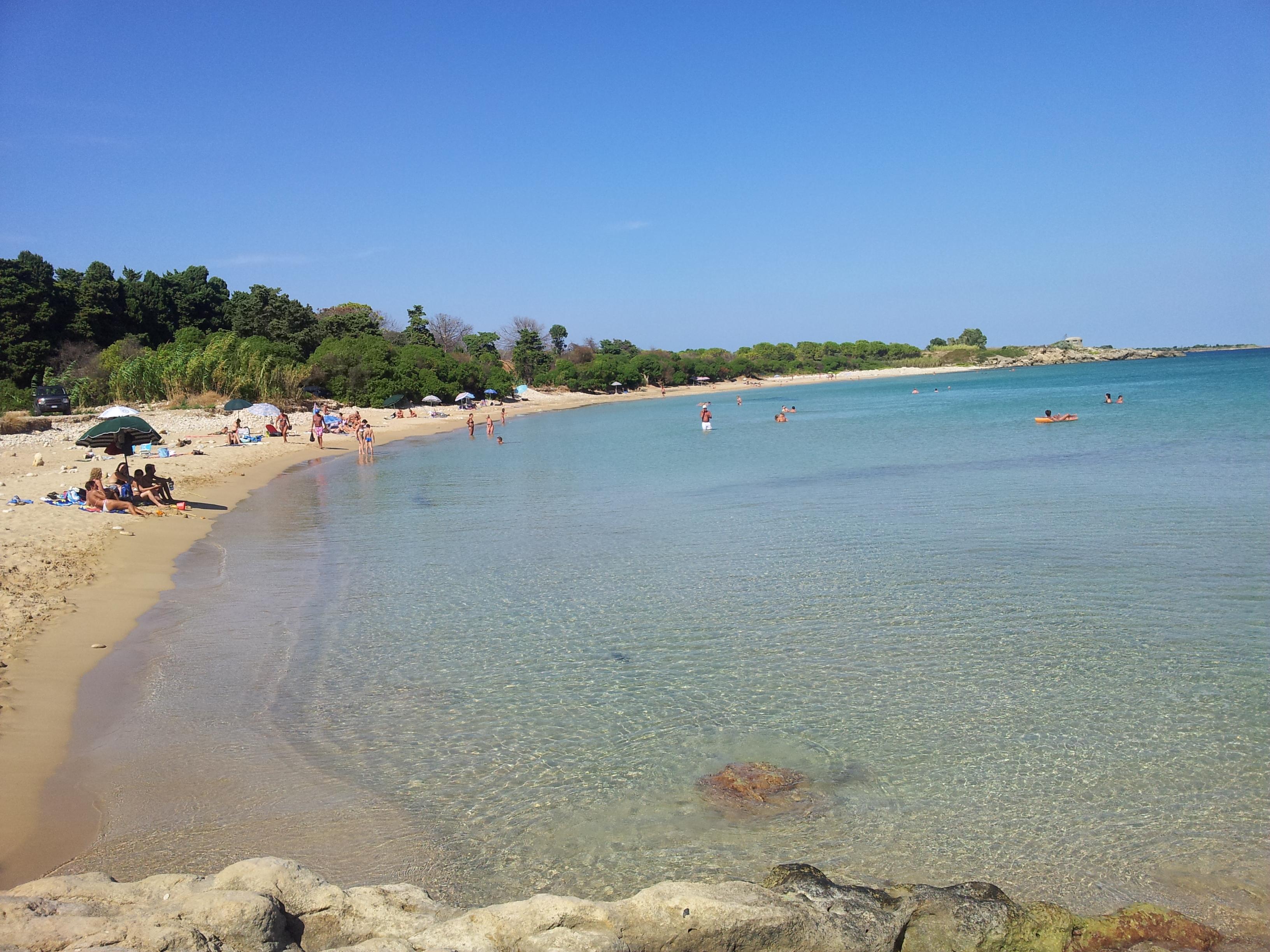 File spiaggia di fontane bianche wikipedia for Disegni della casa sulla spiaggia