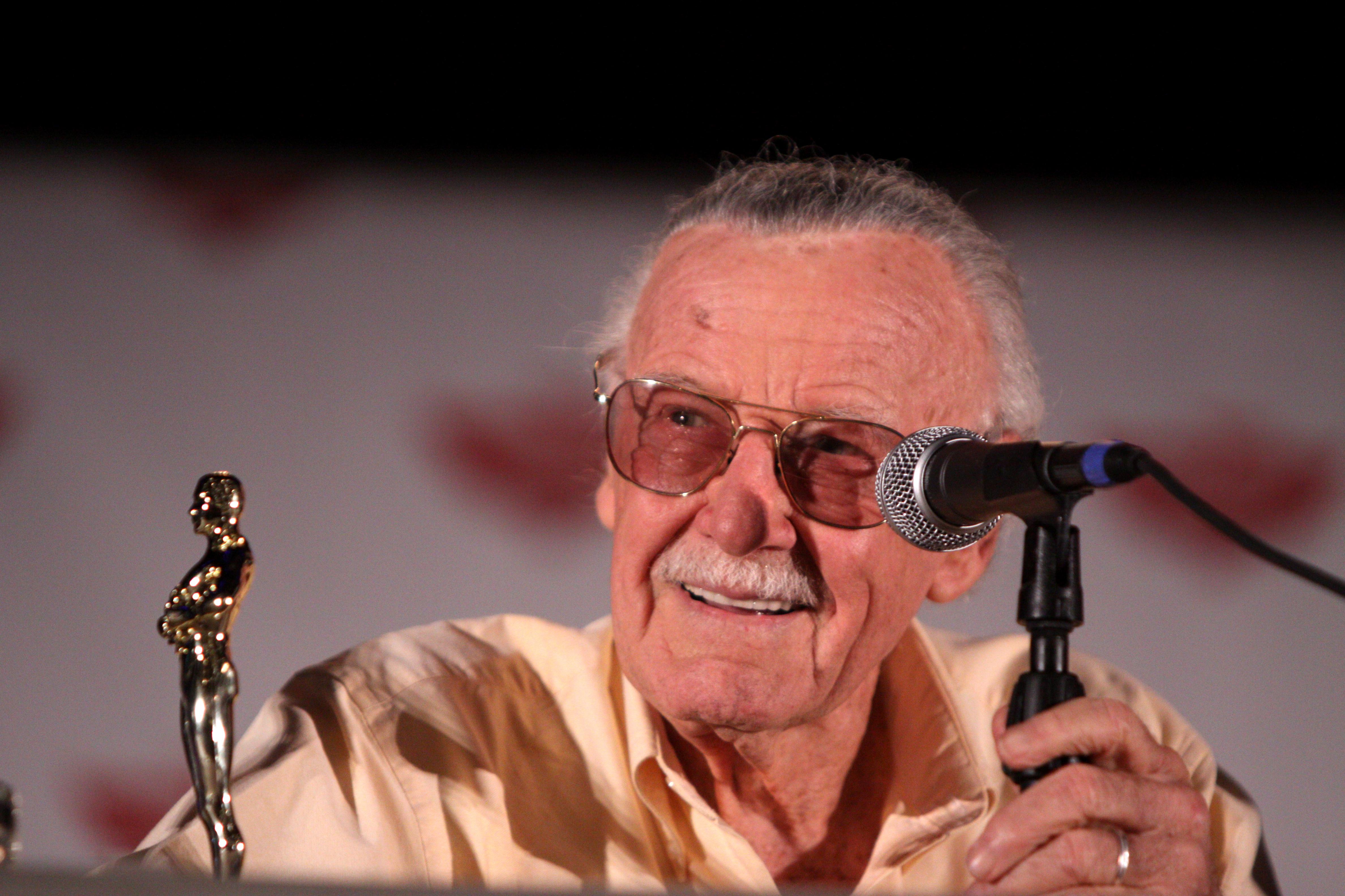 Stan Lee (5773934717).jpg
