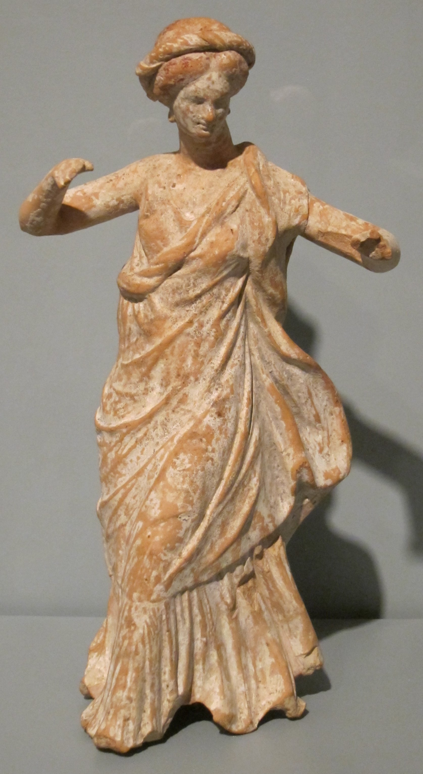 File:Statuette of a Dancing Woman, Greece, 4th century BCE ...