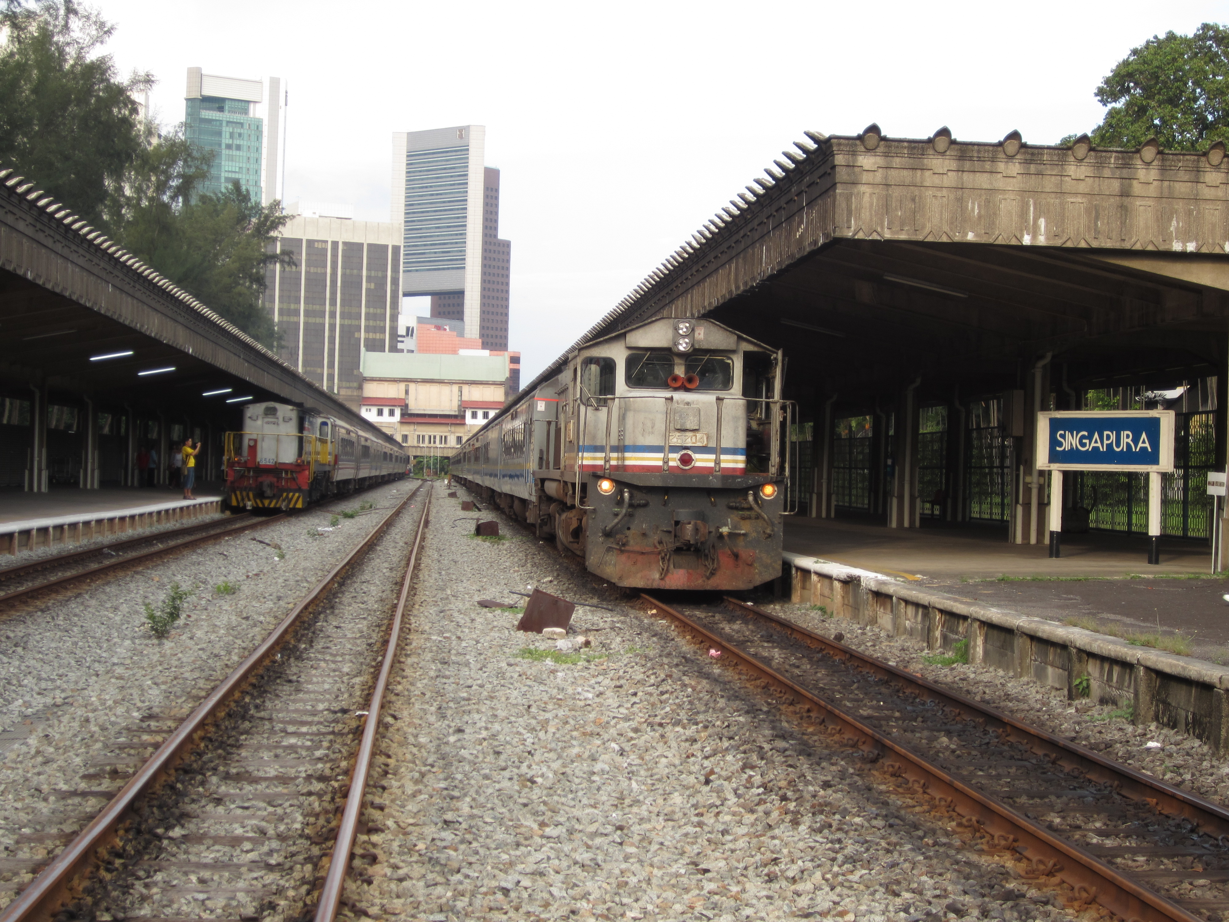 File:Tanjong Pagar Railway Station Singapore - showing Singapura.