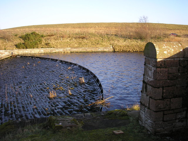 The Outflow or Spillway from Gladhouse Reservoir - geograph.org.uk - 328079