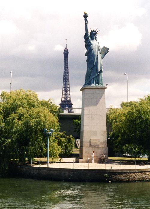 Image result for ile aux cygnes statue de la liberte