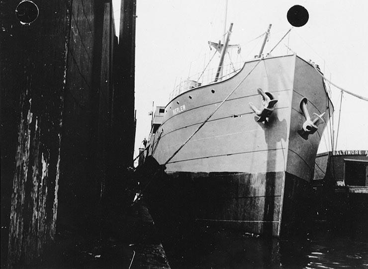 USS_Kerlew_%28ID-1325%29.jpg