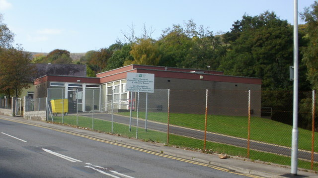 File:Upper Cwmbran Community Education Centre and Advisory Centre -  geograph.org.uk