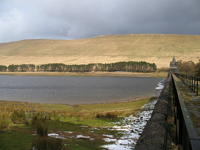 Upper Neuadd Reservoir - geograph.org.uk - 753942