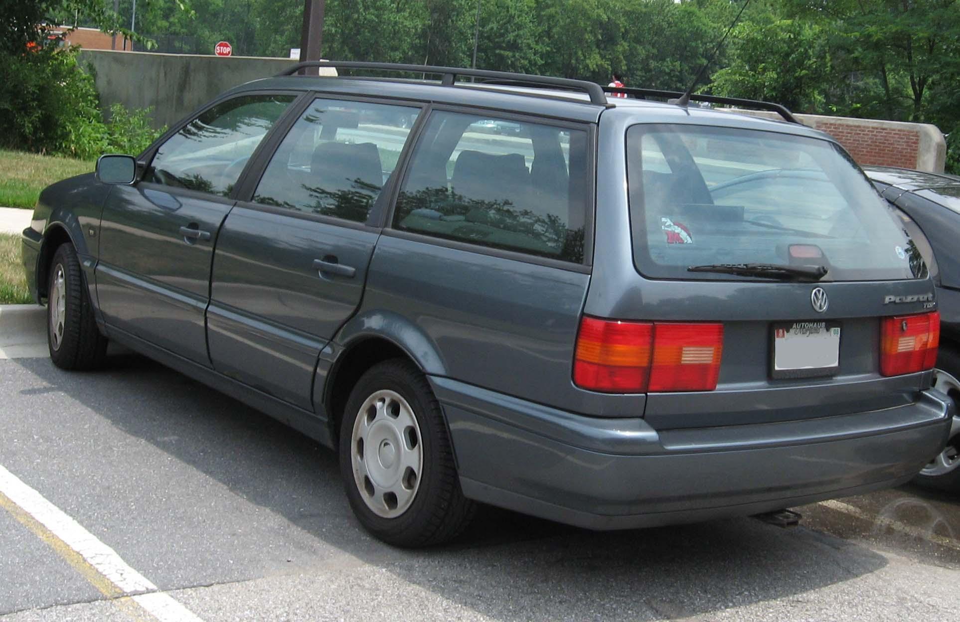 File:Volkswagen-Passat-TDI-wagon-B4.jpg