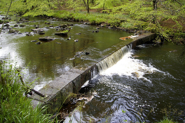 Weir on Hebden Water, Hardcastle Crags - geograph.org.uk - 437854