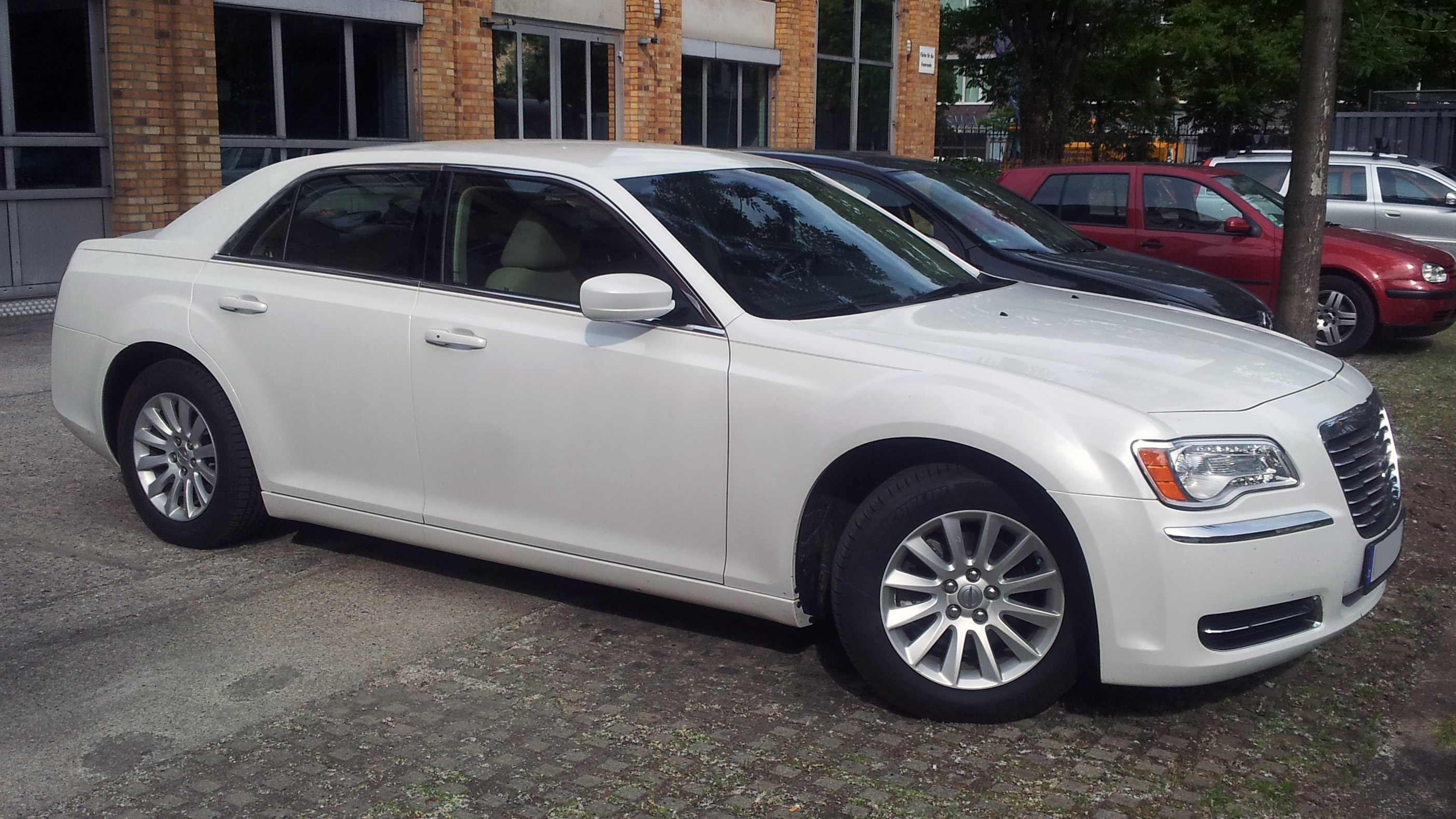 White Rims Chrysler 300 2005 Owners Manual Pictures