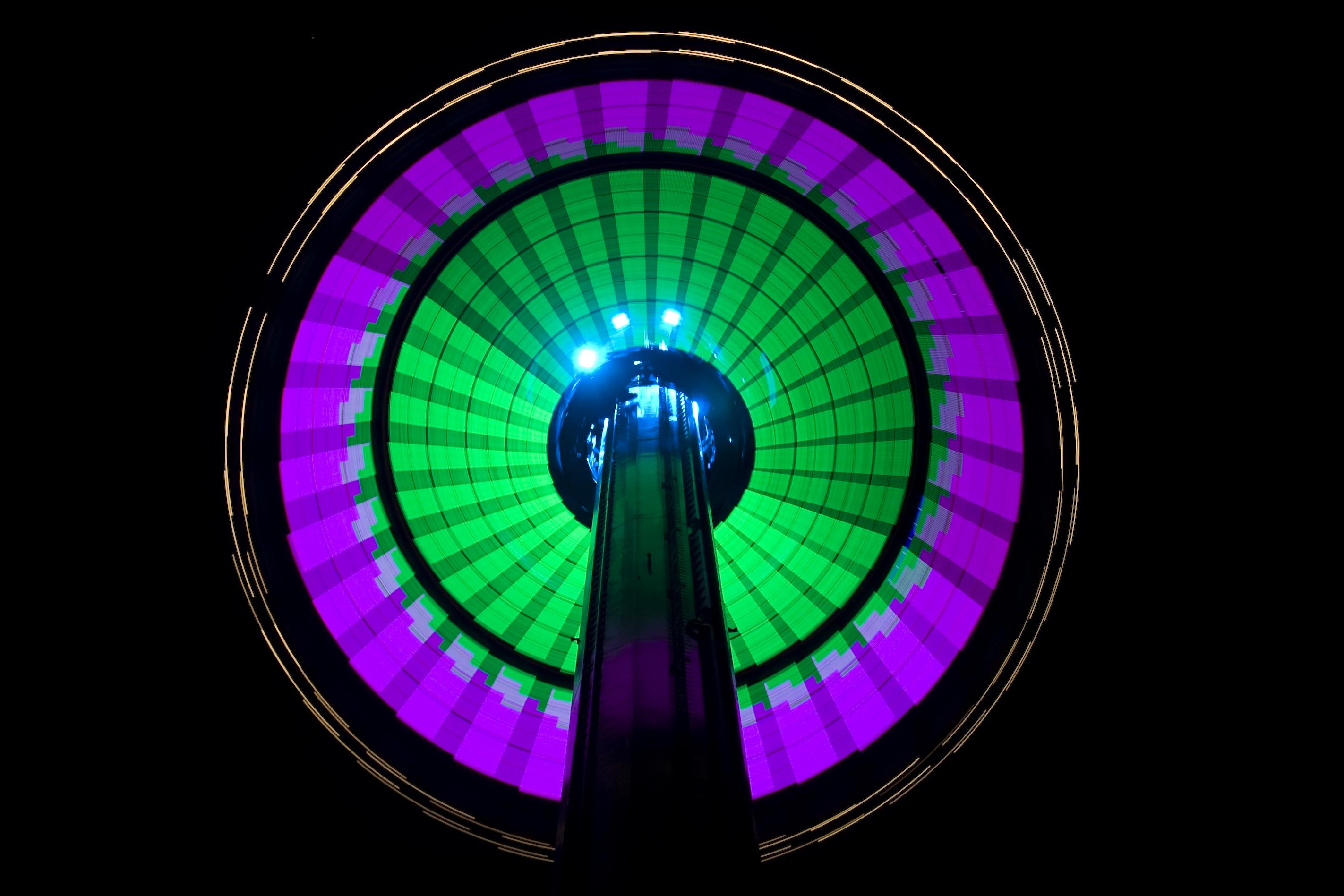 Night light wikipedia - File Windseeker At Night Light Design 3 Jpg