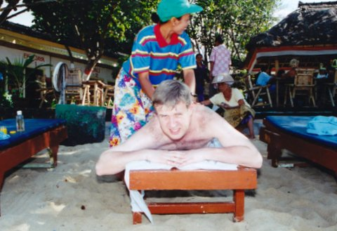 File:Woman from Bali with various Indonesian massage techniques.jpg