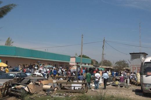 Zambia Lusaka local market Krzysztof Błażyca 2011.jpg