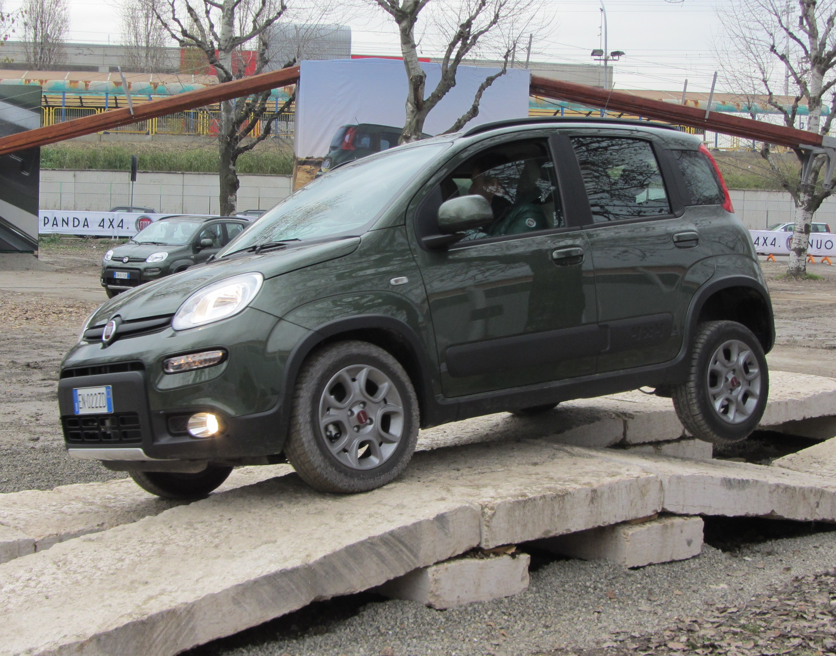 File 39 12 italy fiat panda 4x4 off road test drive for Panda 4x4 sisley off road