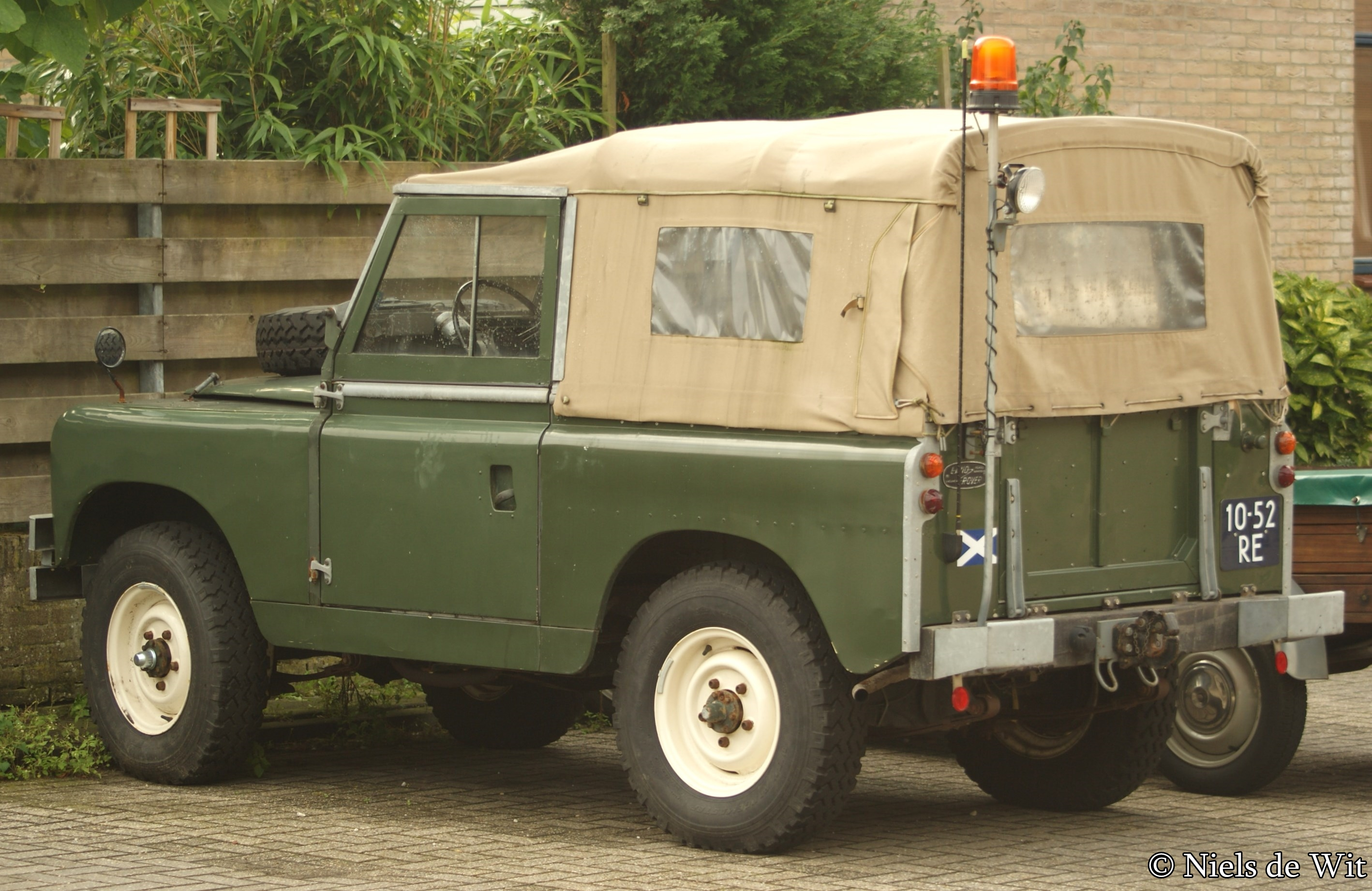 File 1964 Land Rover 88 Pick Up 9798833663 Jpg Wikimedia Commons