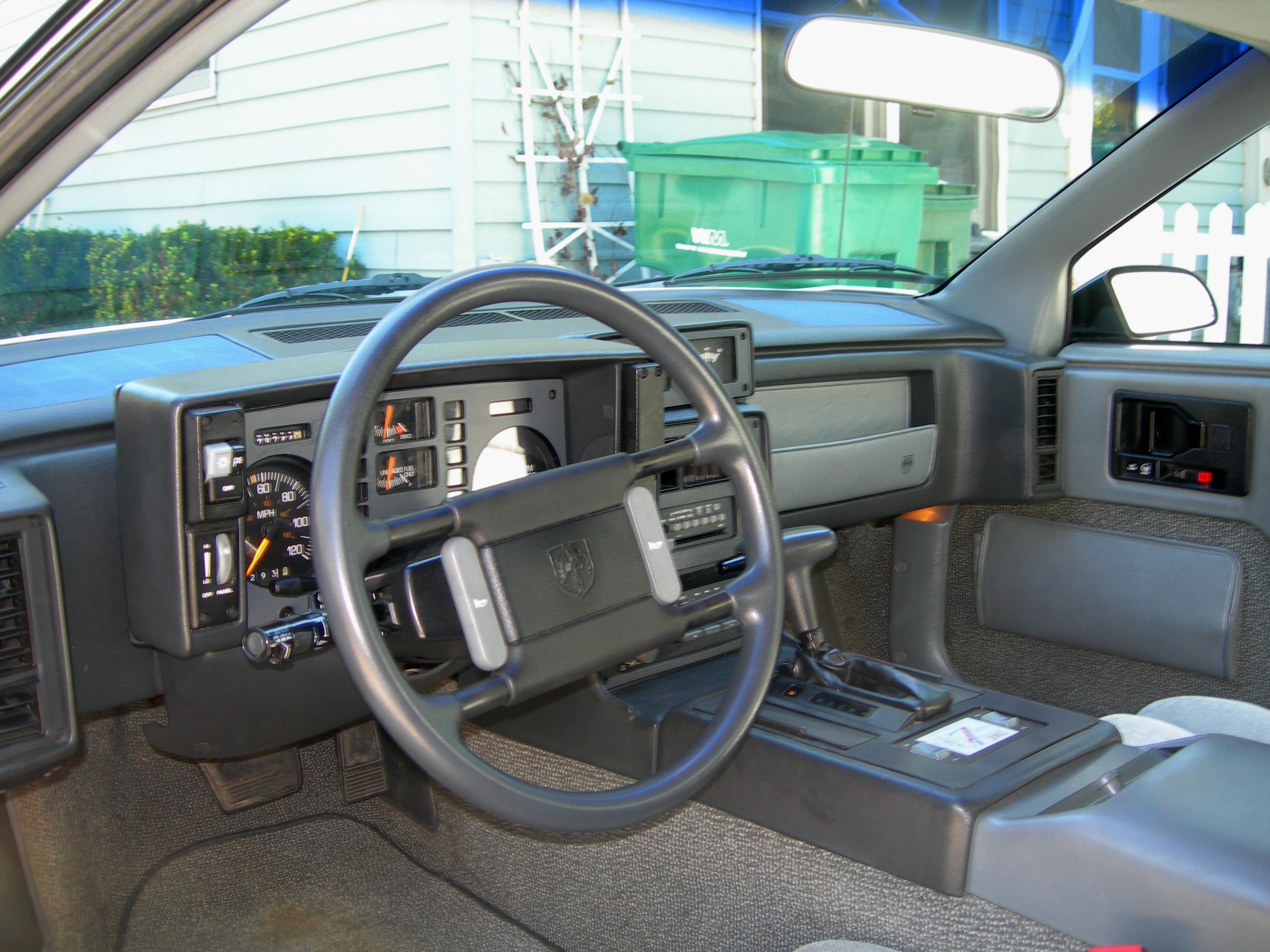 File 1988 Fiero Formula Interior Jpg Wikimedia Commons