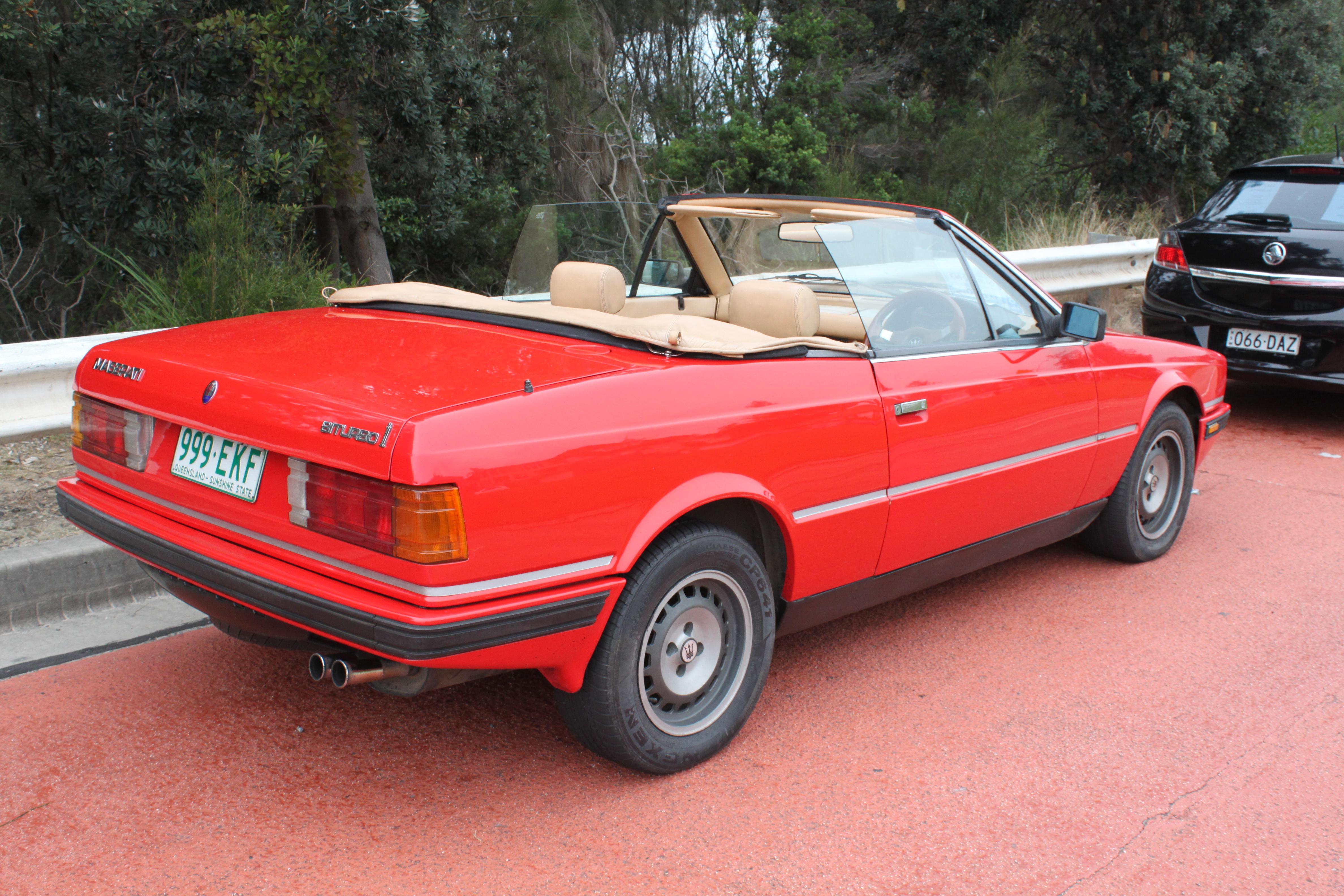 File:1989 Maserati Biturbo Spyder i convertible ...