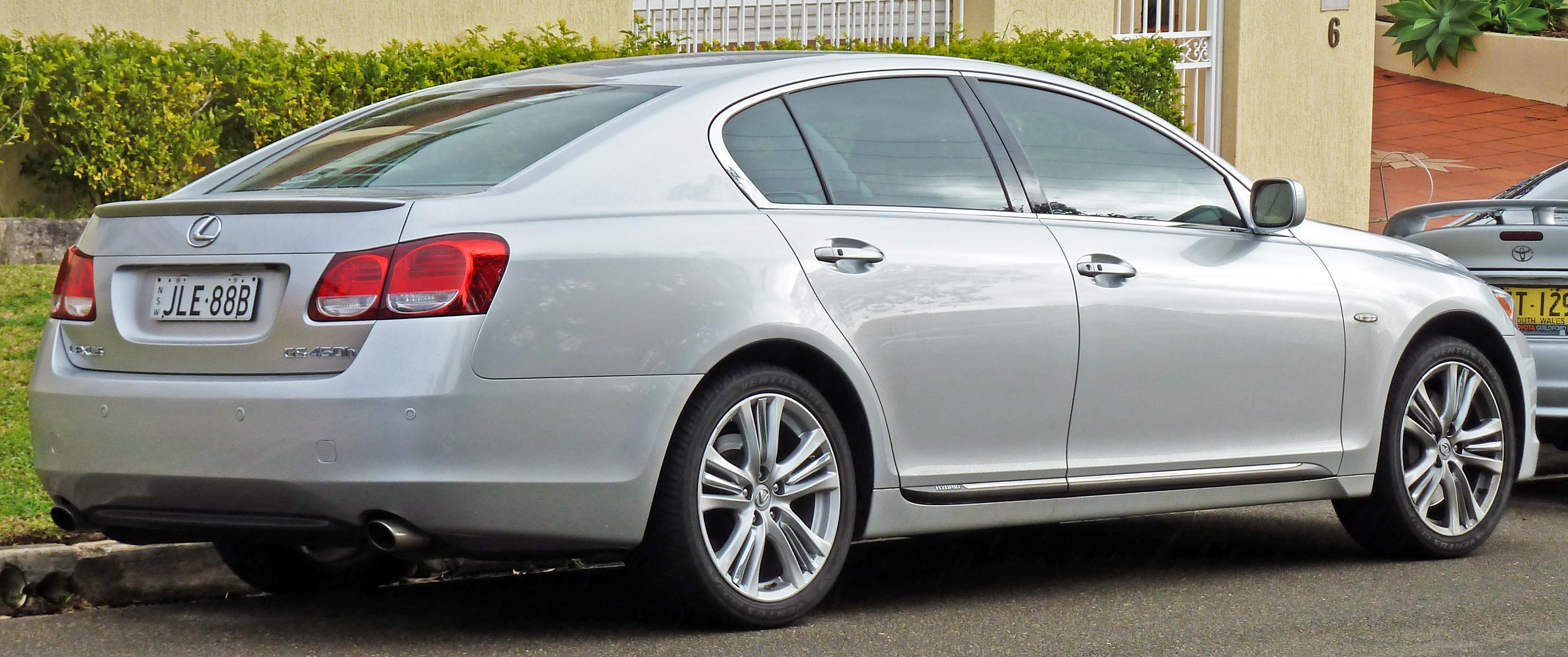 https://upload.wikimedia.org/wikipedia/commons/5/52/2006-2009_Lexus_GS_450h_%28GWS191R%29_sedan_02.jpg