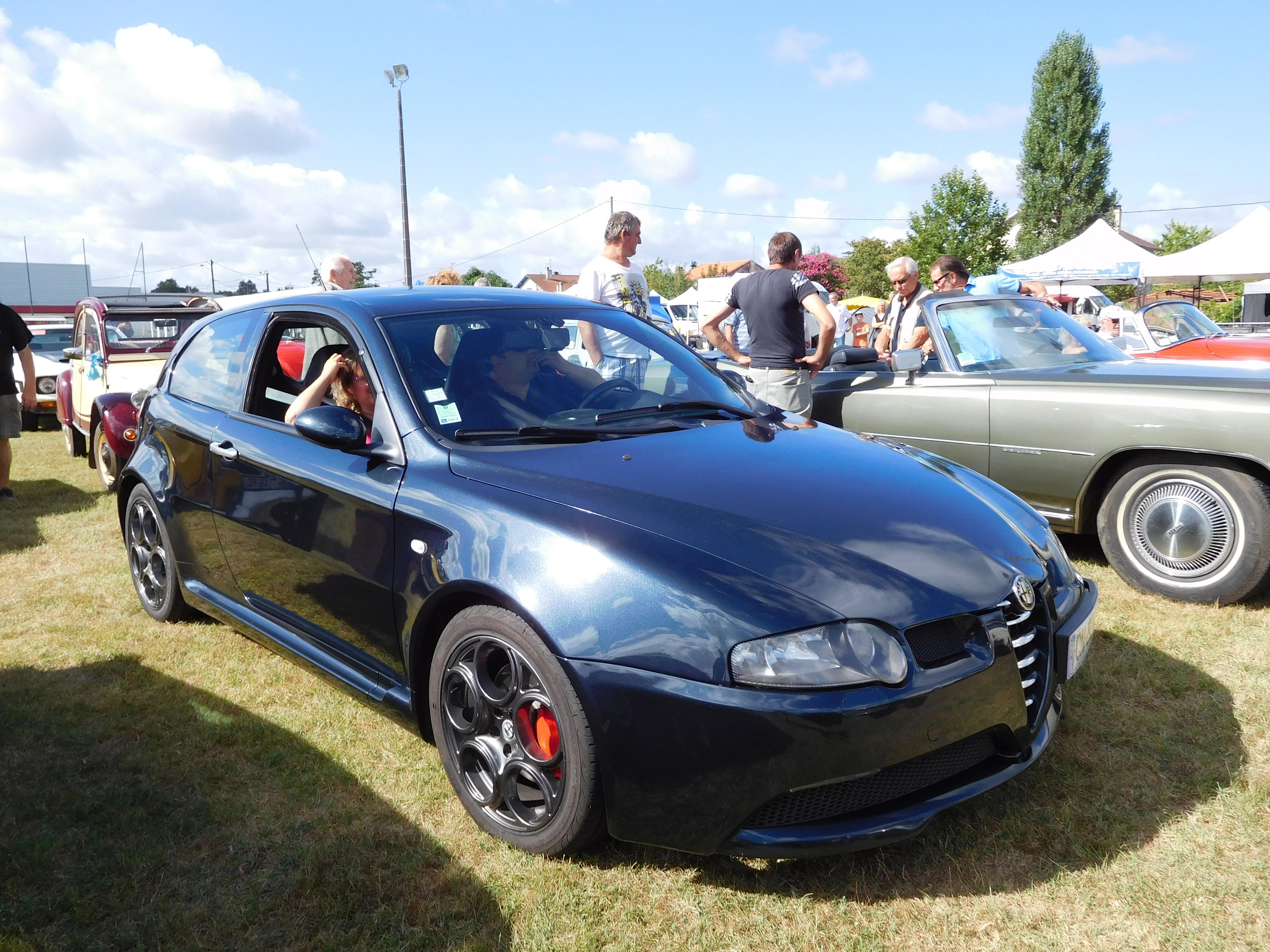File Alfa Romeo 147 Gta 1 Jpg Wikimedia Commons