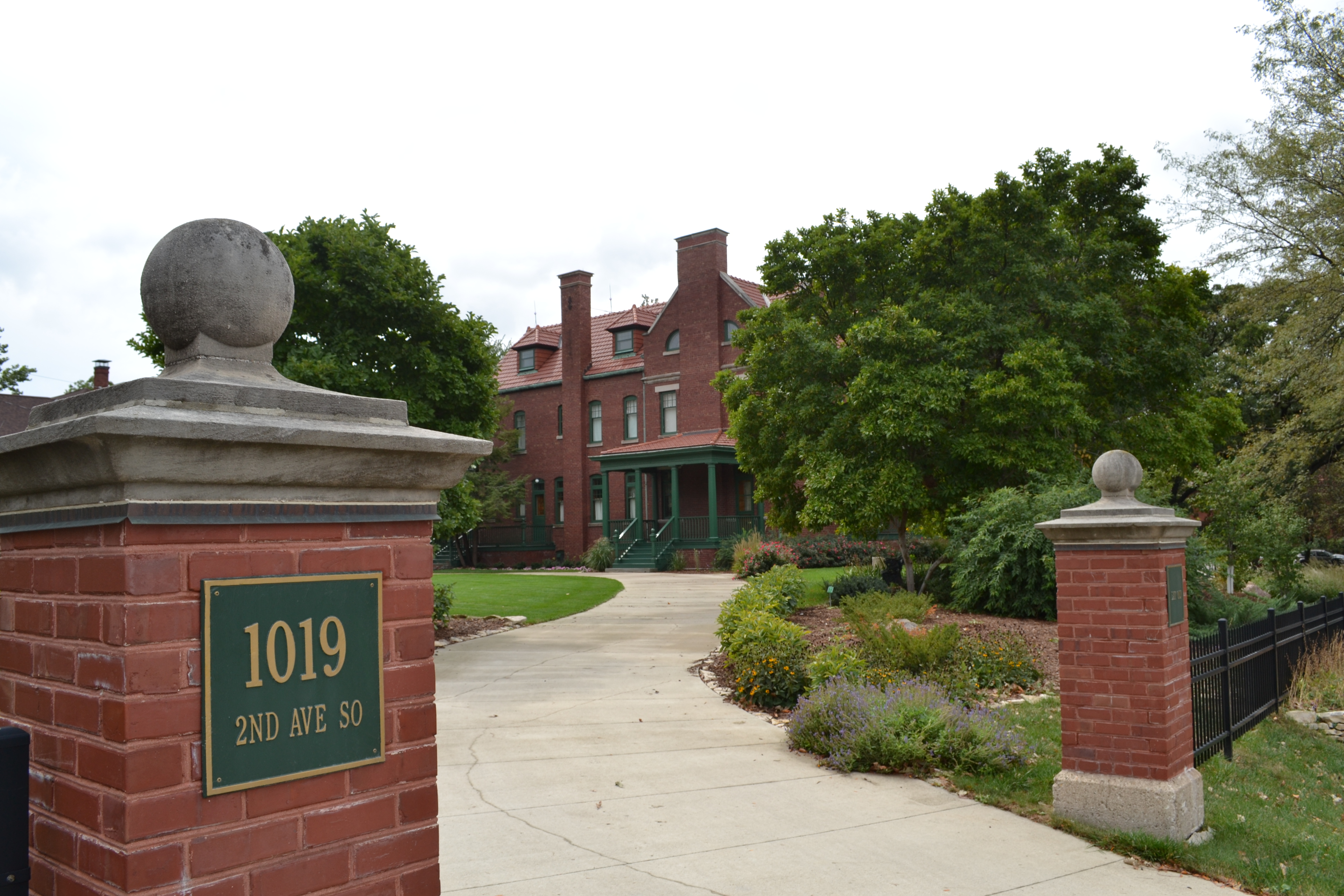 File:Ann Smeltzer House, 1019 Second Avenue South, Fort Dodge, Iowa, in the Oak Hill Historic ...