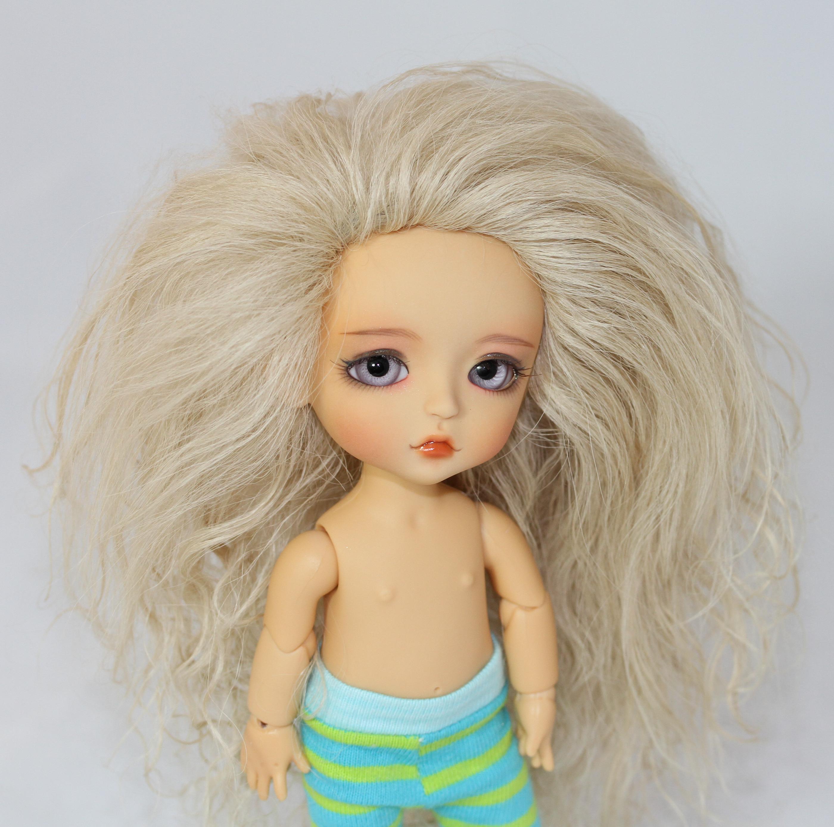 Description Ash Blonde...
