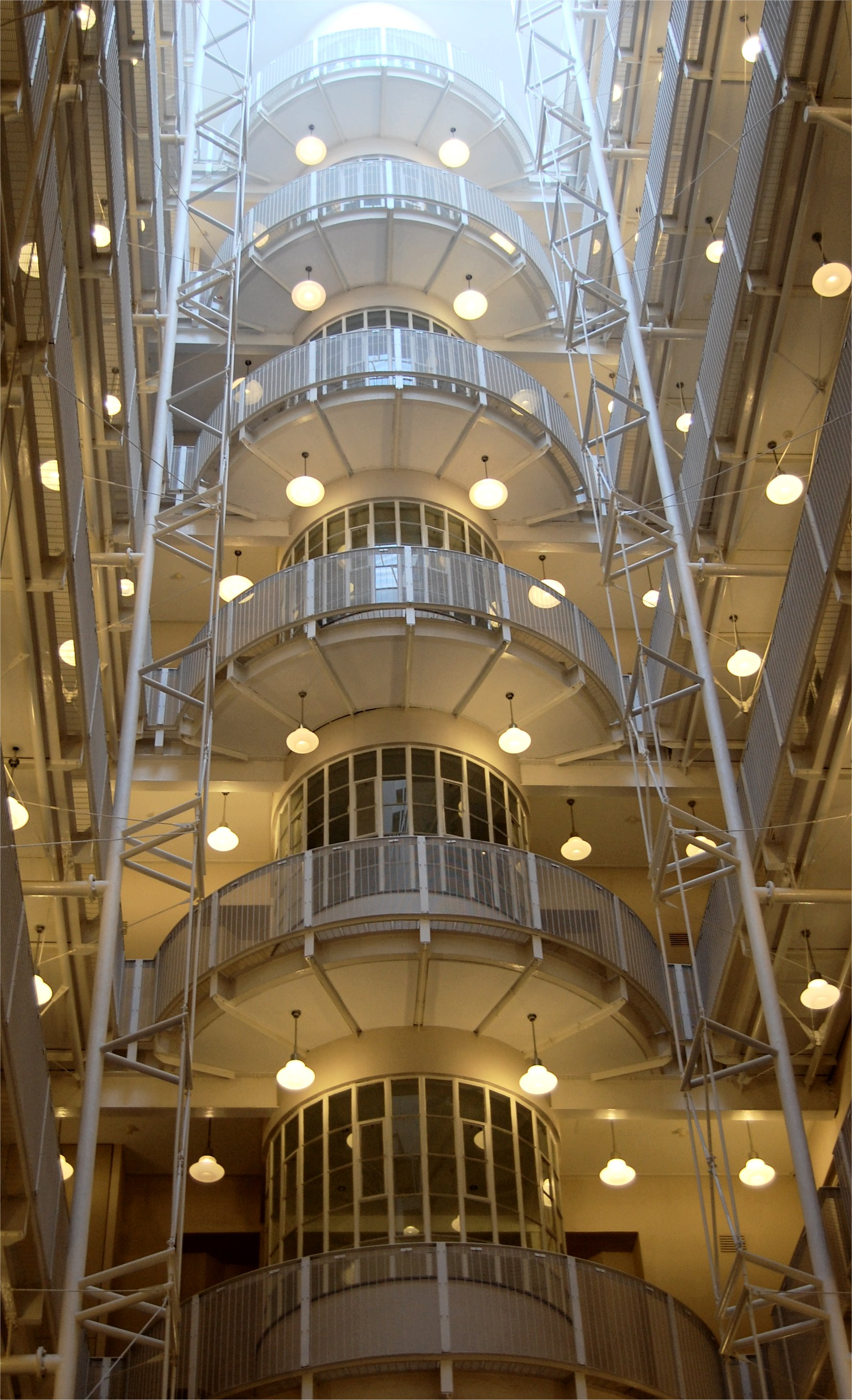 File atrium of the mutual building in cape for Residential atrium