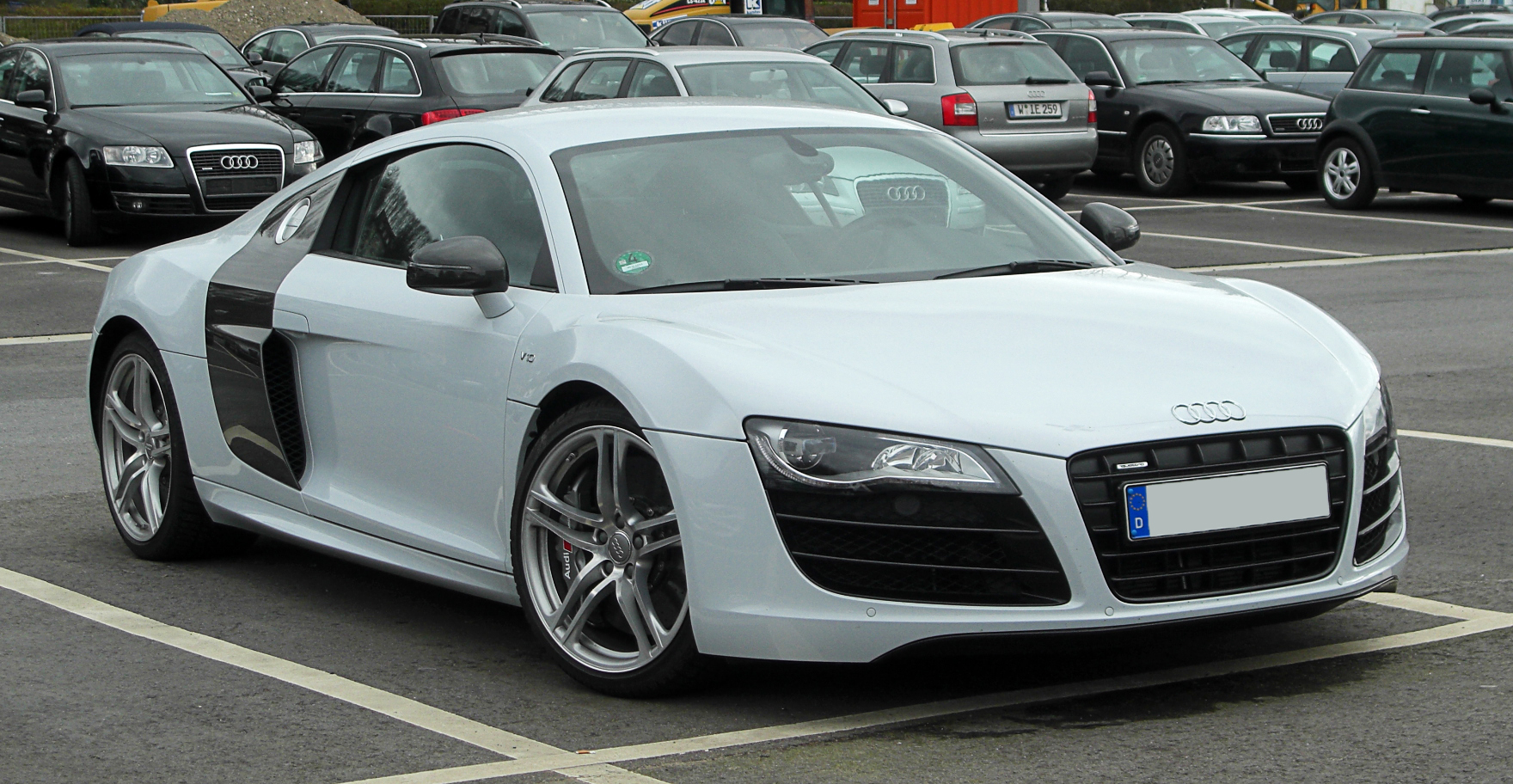 Audi R8 Facts Cars