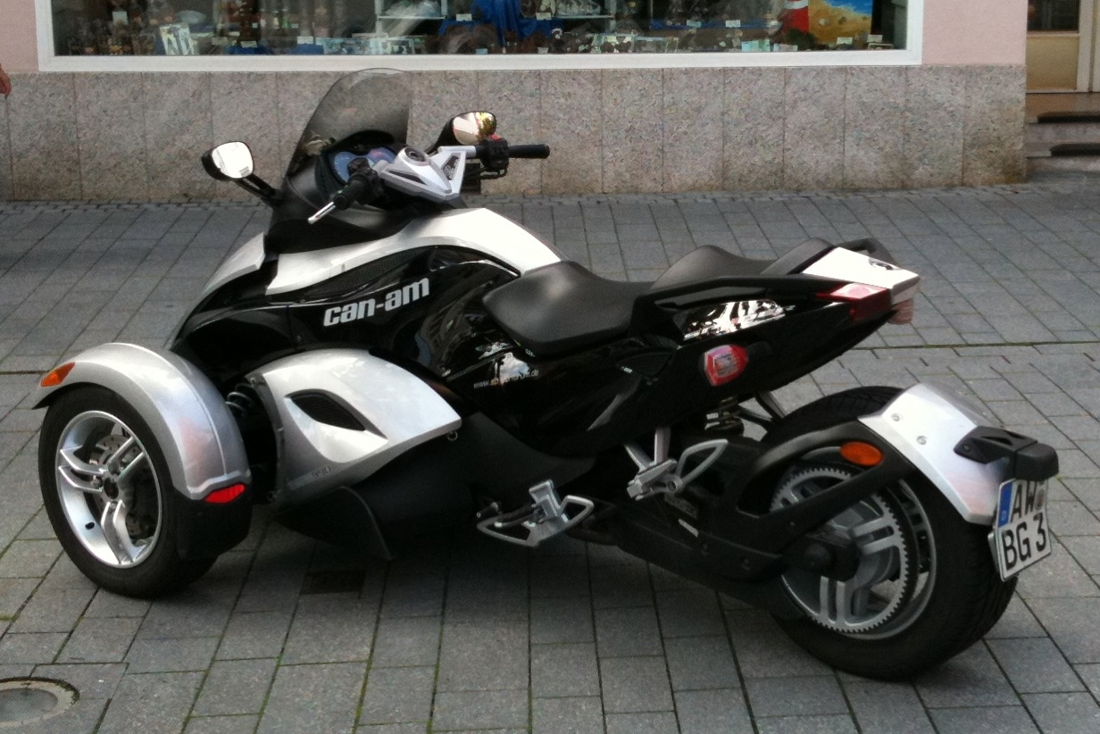 File Brp Can Am Spyder Roadster 20100810c Jpg Wikimedia