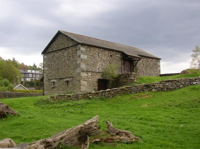File:Barn in Borrans Field, Ambleside - geograph.org.uk - 170479.jpg