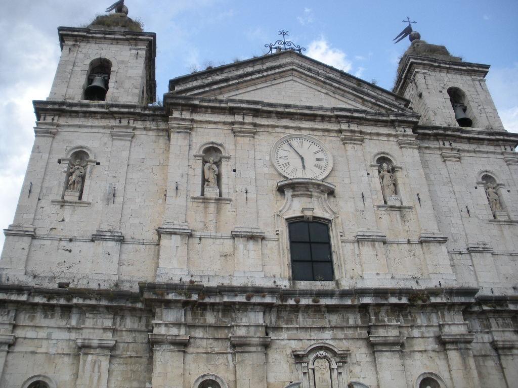 Castel di Sangro Italy  city photos : Basilica di Santa Maria Assunta in Castel di Sangro AQ